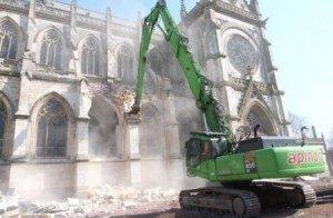 eglise-détruite-448x293